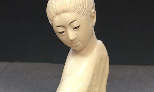 【動画】顔彫り手本の途中の工程から仕上げまで(その5)目と眉に墨を入れる